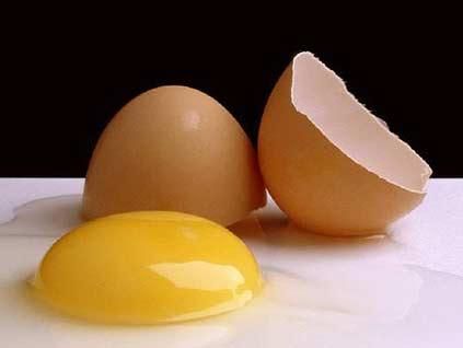 yumurta-sarisi-aki-nasil-ayrilir