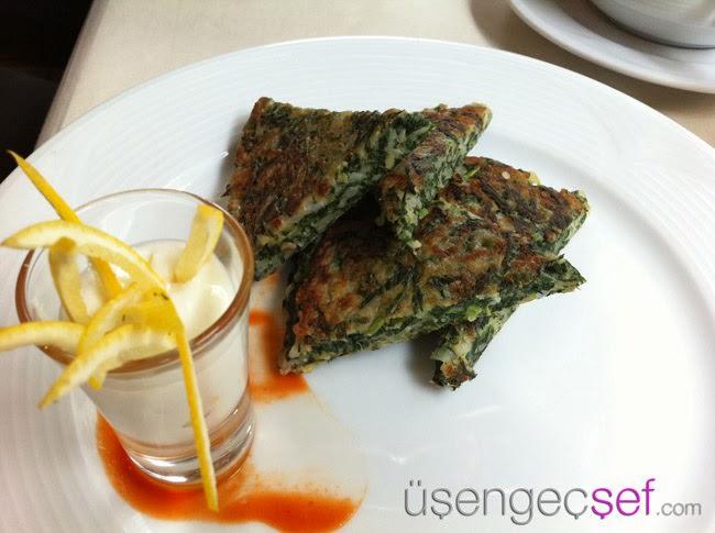 istanbul-karadeniz-yemekleri-pezik-mucveri
