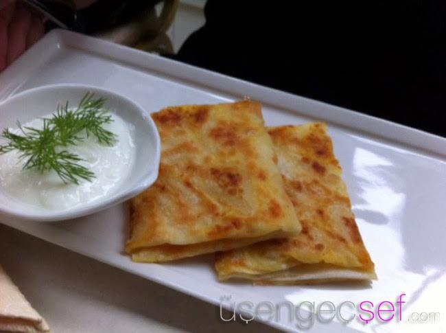 istanbul-karadeniz-yemekleri-bal-kabakli-gozleme