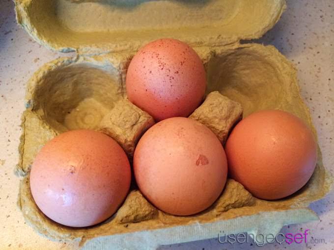 resimli-menemen-tarifi-yumurta