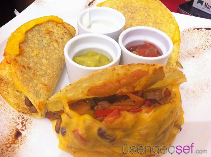 alacati-beach-taco-meksika-yemek