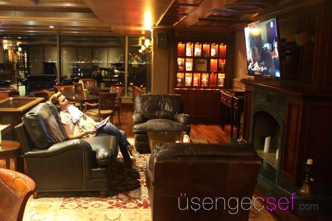 ritz-carlton-istanbul-hotel-living-room