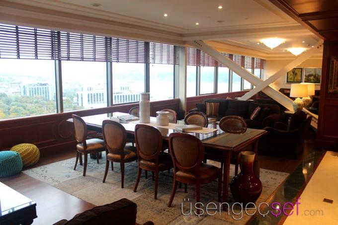 ritz-carlton-istanbul-hotel-club-lounge