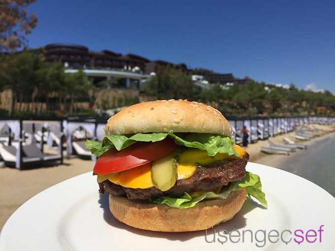 titanic-deluxe-bodrum-burger-cabana-sahil-deniz