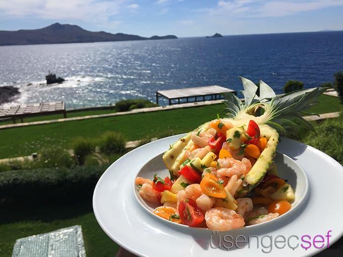 palmalife-bodrum-resort-otel-deniz-tatil-karides-salata