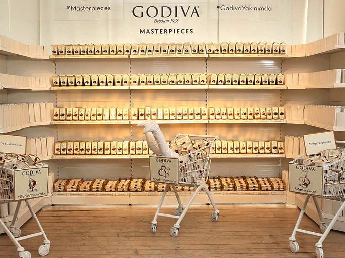 godiva-masterpieces-cikolata-market-ilgin-seymen-enstalasyon