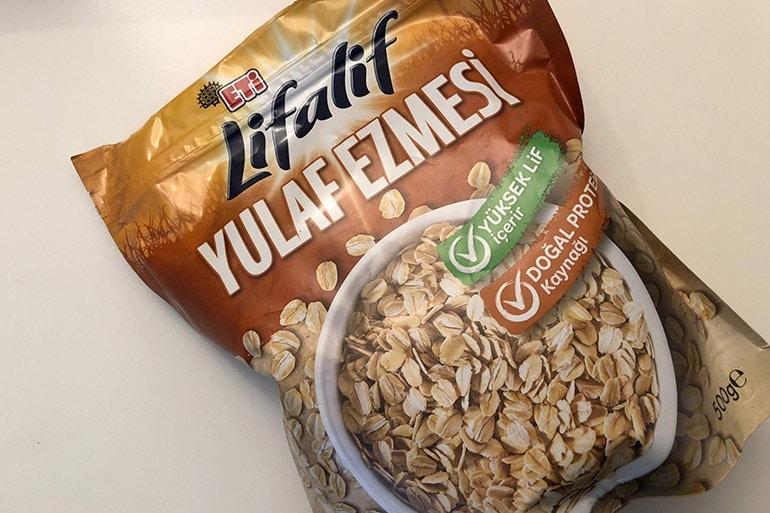 eti-lifalif-yulaf-ezmesi-kahvalti-tarifi