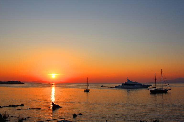 yunan-adalari-gemi-turları-cruise-usengec-sef-mikonos