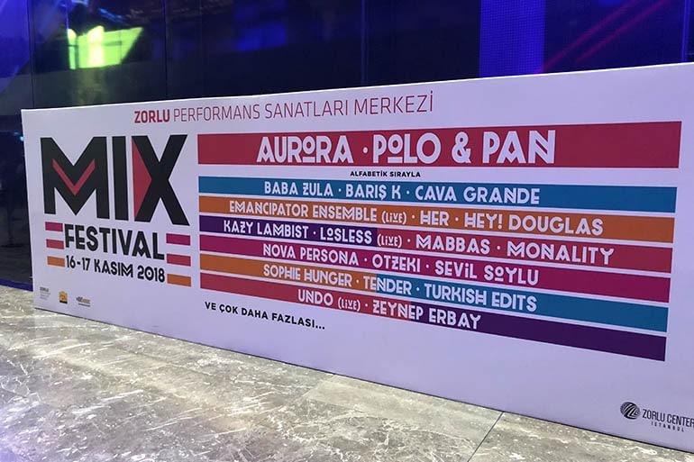 zorlu-psm-mix-festival-baba-zula-aurora